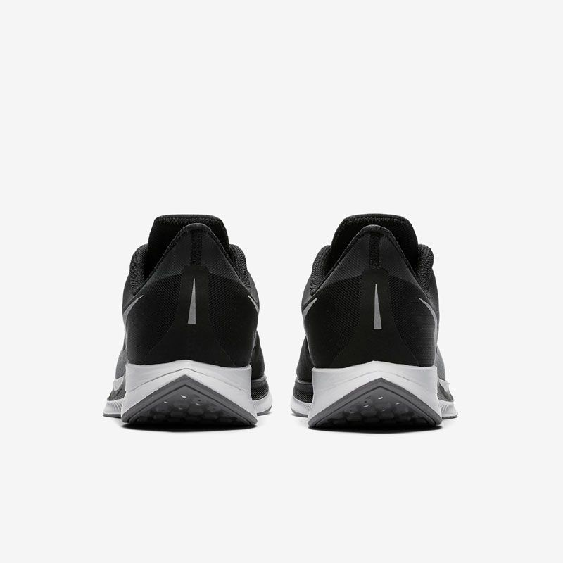 new product 87d42 64ffe Nike Air Zoom Pegasus 35 Turbo herr. Träningsskor · Träningsskor ...
